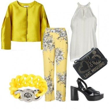 Outfit Giallo il colore della bella stagione!!