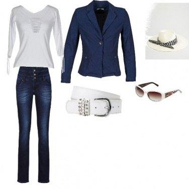 Outfit la magia del bianco e blu