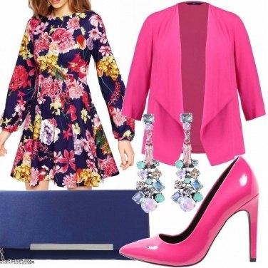 Outfit Fucsia , blu e fiori!