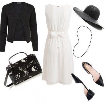 Outfit Futura mamma in bianco e nero