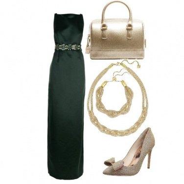 Outfit Verde e oro chic