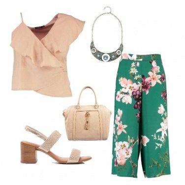 Outfit Fiori e perline