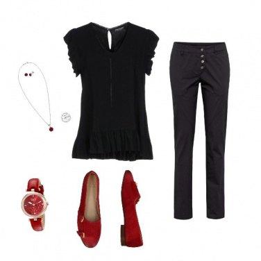 Outfit Un tocco di rosso in ufficio