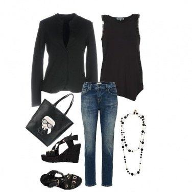 Outfit La borsa col codino