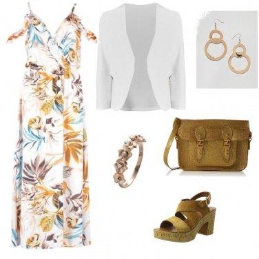 Outfit Giallo oro e bianco