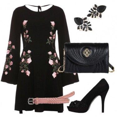 Outfit Il nero e i fiori