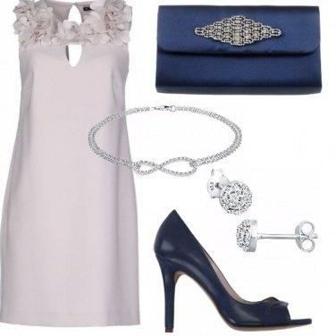 Outfit Abito da cerimonia e pochette gioiello