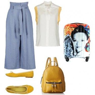 Outfit In viaggio: comode ma con stile.