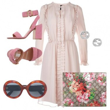 Outfit Gucci in fiore