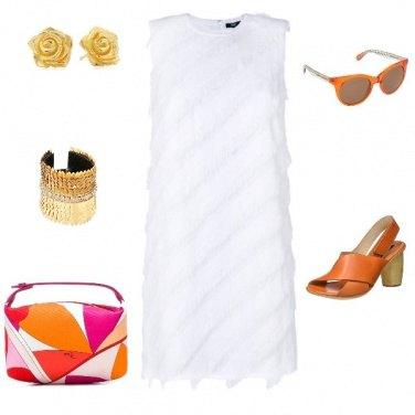 Outfit Colori caldi per un vestito bianco