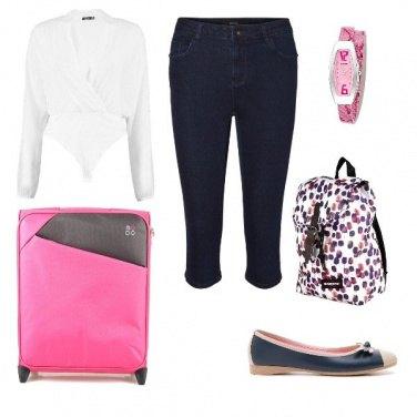 Outfit Rosa e blu in volo