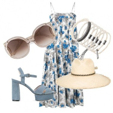 Outfit Trendy in spiaggia