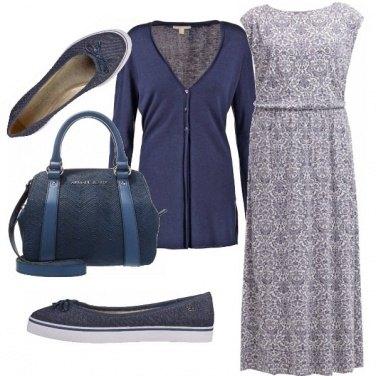 Outfit Comoda, casual, minimal sui toni del blu
