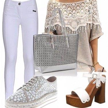 Outfit Bianco e grigio!