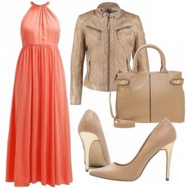 Outfit Peach echo e beige
