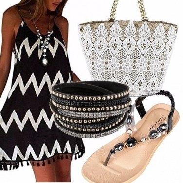 Outfit Sandali gioiello e super sconti!