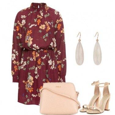 Outfit L\'abito con i sandali