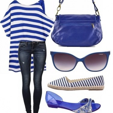 Outfit Blu jeans e righe