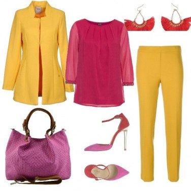 Outfit Giallo e lampone