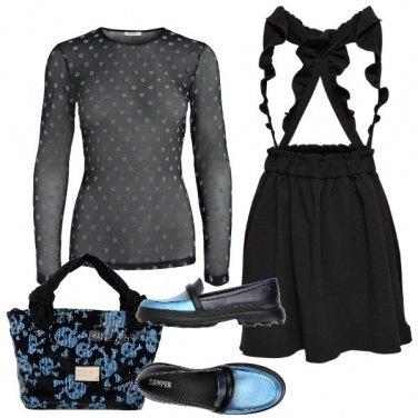 Outfit Di nero e di azzurro