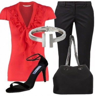 Outfit Rosso eleganza con stile