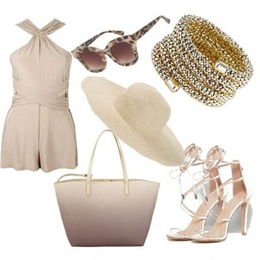 Outfit Outfit total sand