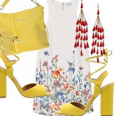 Outfit Abito a fiori e giallo sole!
