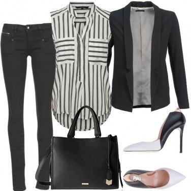 Outfit Ufficio dinamico