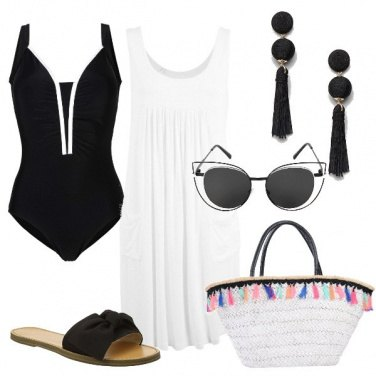 Outfit Curvy on the beach in B & W