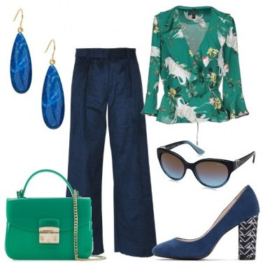 Outfit Di verde brillante