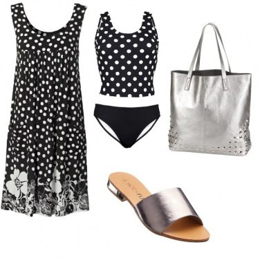 Outfit In spiaggia a pois.