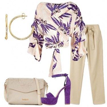 Outfit Viola e beige