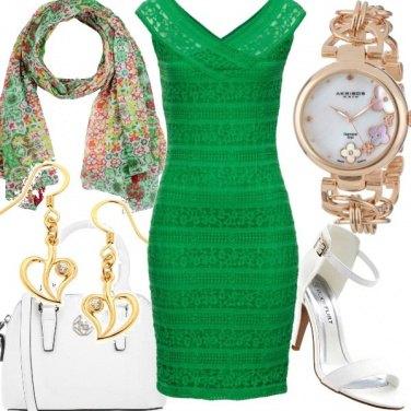 Outfit Pizzo verde brillante