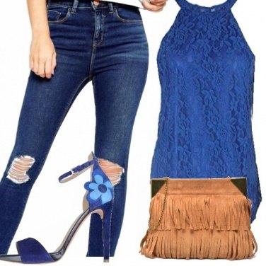 Outfit Jeans, ricami e frange!