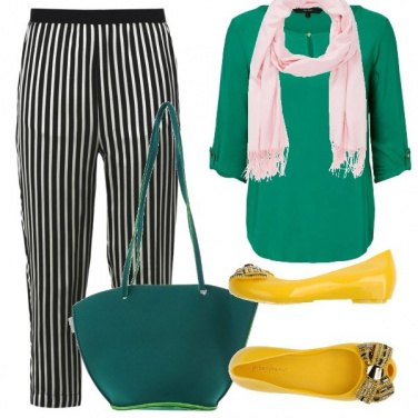 Outfit Semplice in verde