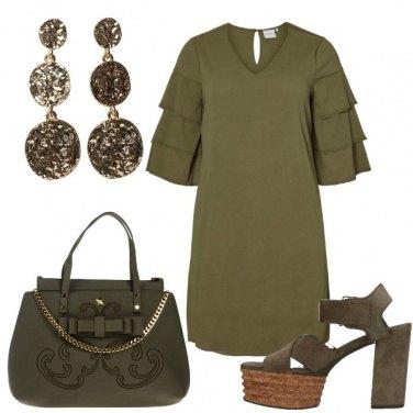 Outfit Un colore insolito