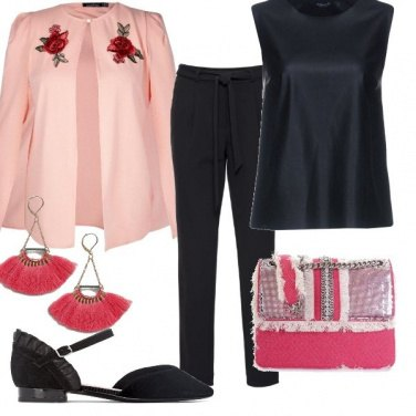 Outfit Ricamo rosa...