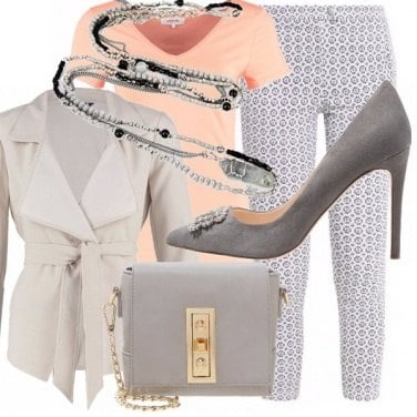 Outfit Peach and grey - look in low