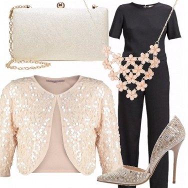 Outfit Semplicità in oro e nero