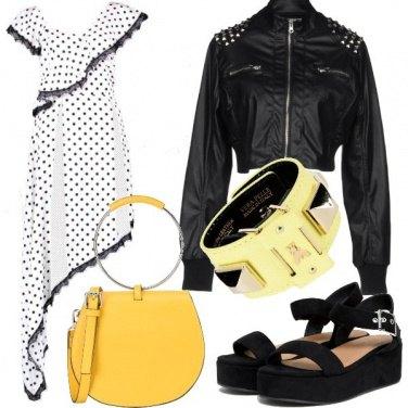 Outfit Personalità rock e pois asimmetrici
