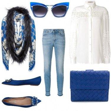 Outfit Dettagli in blu