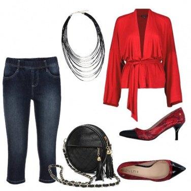 Outfit Non solo rosso primario