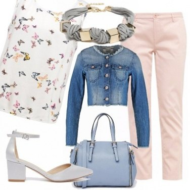 Outfit Farfalle rosa