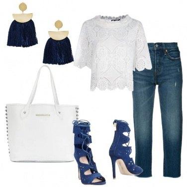 Outfit Gli orecchini blu