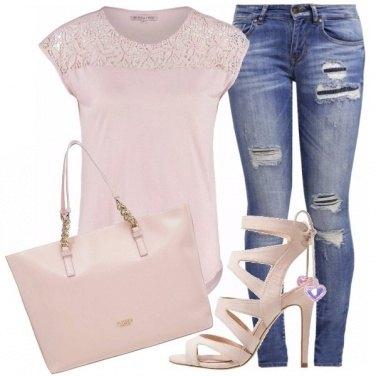 Outfit Rosa quartz e jeans