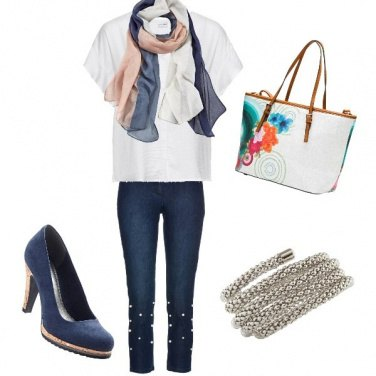 Outfit Blu... Jeans
