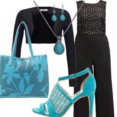 Outfit Curvy nero e turchese