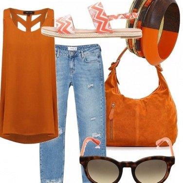 Outfit Jeans e tonalità calde