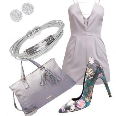 Outfit Tuta e dècolletè