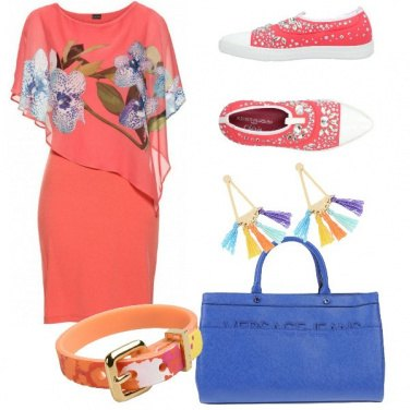 Outfit Abito e sneakers